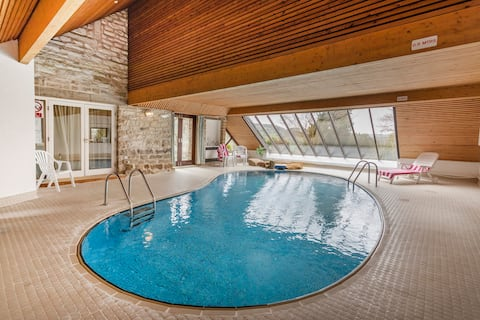 The Round House - family house with indoor pool