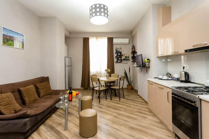 Round Garden Apartment