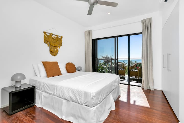 Double room located in Pavillion with Ocean views