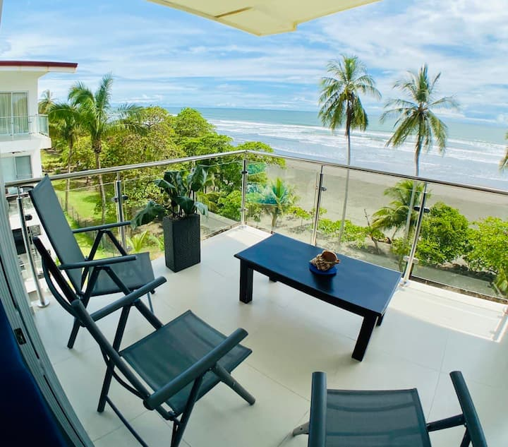 BEJUCO BEACH FRONT APARTMENT (penthouse)