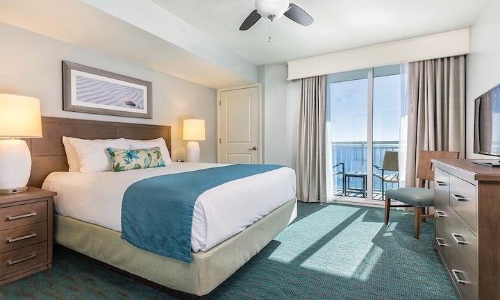 ✦✦OCEANFRONT 1 BEDROOM SUITE✦✦ Can't get any better than Wyndham Towers on The Grove BEACH FRONT RESORT!