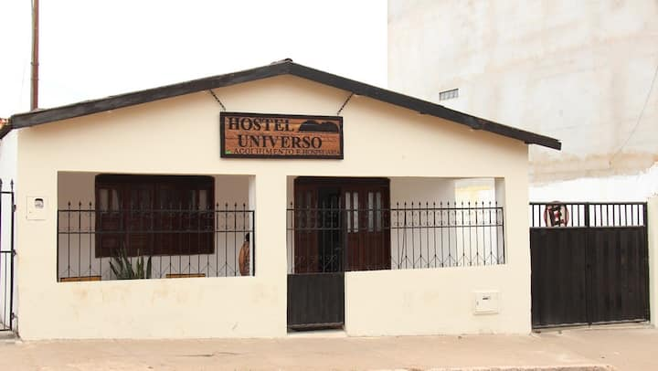 Hostel Universo - Quarto Duplo