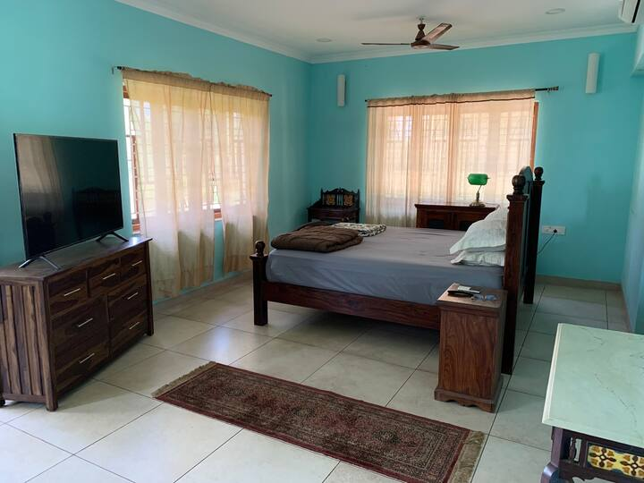 Harry's place 104 Riverside villa Moira North Goa