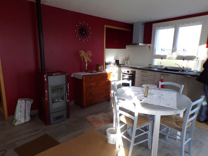Grand appartement à Montsalvy