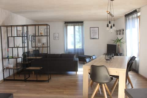 Comfortable apartment with outdoor comforts