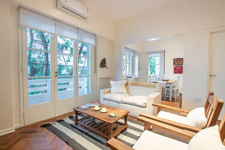 Cozy Apartment with Delightful Balcony in Belgrano