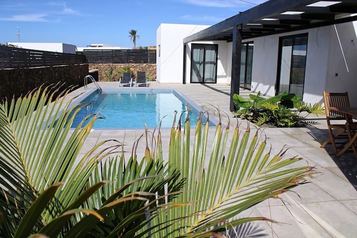 "Villa "" Cielo Azul"" , mit beheiztem Pool."