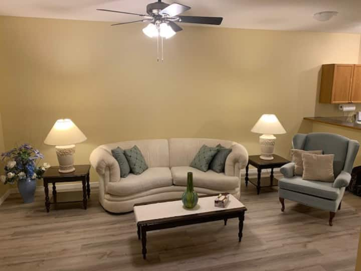 Beautiful 4 bedroom house  close to all amenities
