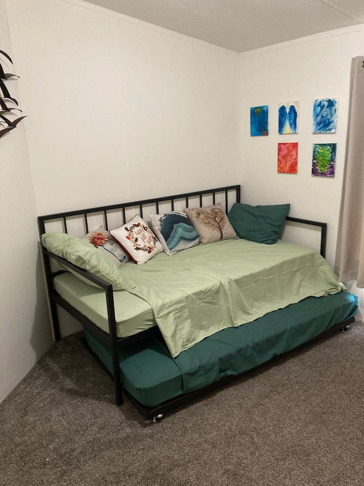 Single room, backed to woods, close to downtown.