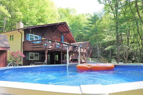 Окремий 4BR дім, гідромассажна ванна, басейн, ігровий зал, пруд!