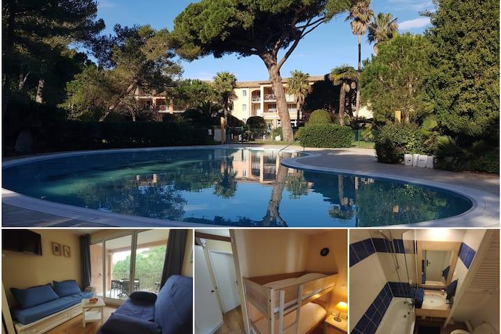 Studio Climatisé, piscine, accès privé à la plage