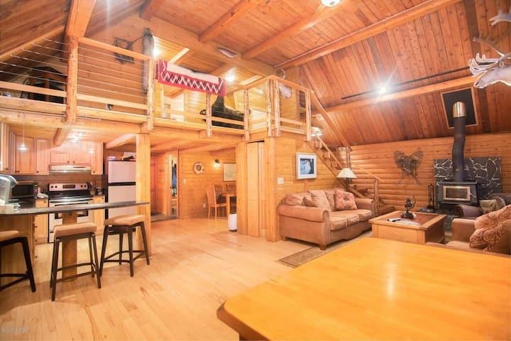 Kelly Cabin on Kenai Lake