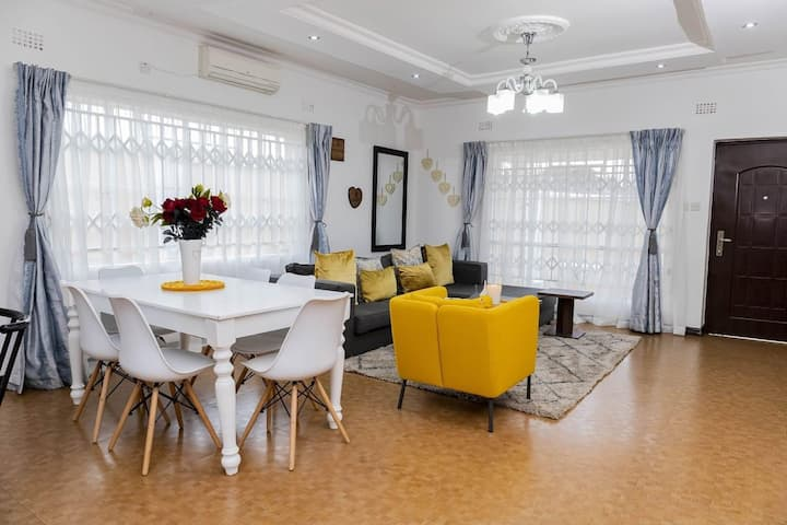 ExclusiveThree bedroom Serviced House