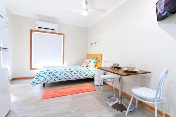 Studio Apartment 6 for One