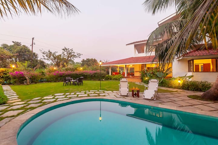 Broken Banyan -3BHK Villa with Private Pool & Lawn