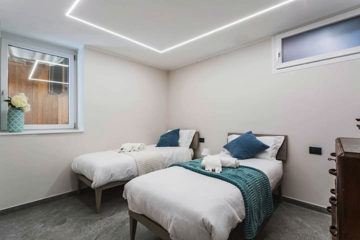 Camera doppia !  qui dormirete comodamente sui due morbidissimi letti .