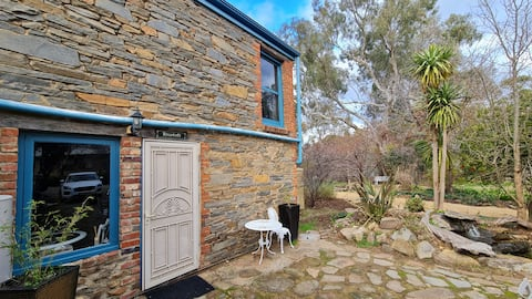 Barossa Hills Cottages 1890 Hayloft