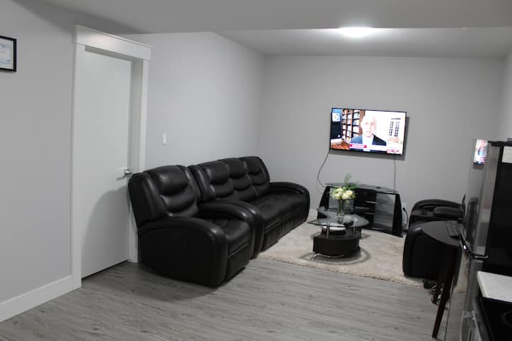 Modern Basement Suite with Private Side Entrance