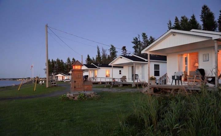 Gillis Cove Beach Cottages - Salmon Beach NB