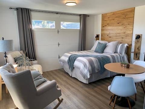 Orchard View Studio Suite