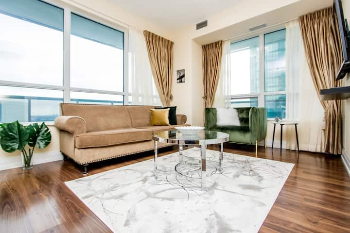 ☆☆☆2 BED 2 BATH Classy with Prime Location+Parking