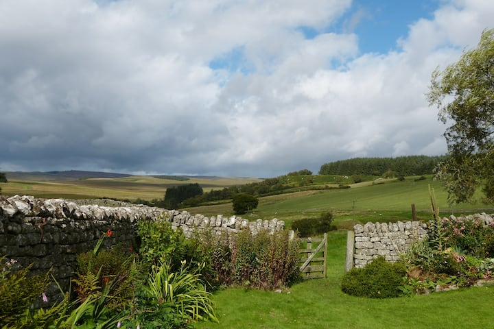 Roman Cottage - Hadrian's Wall dark sky outpost.