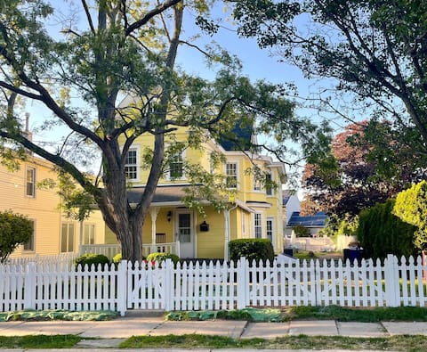 Renovated Cape May Victorian - The Dandelion House