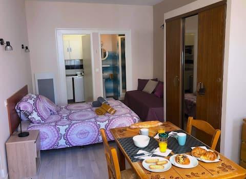 Appartement tout confort à 80 mètres des thermes.