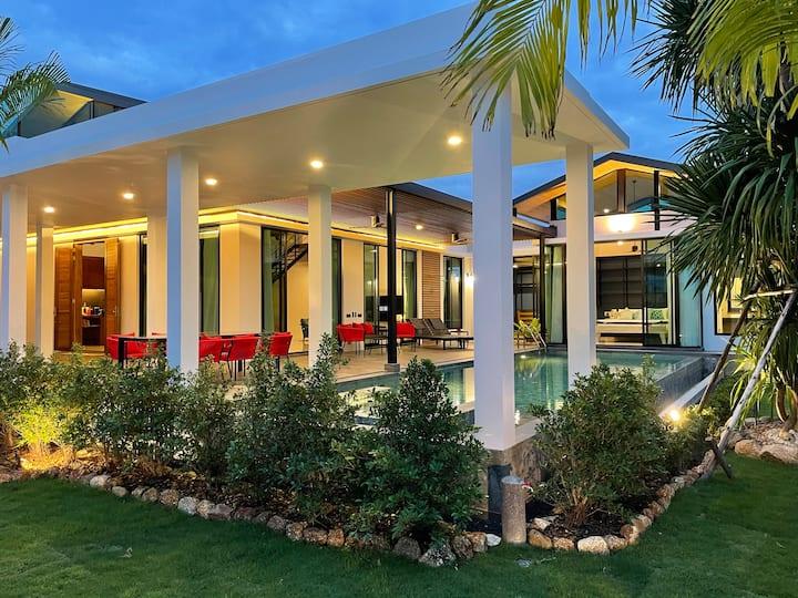 Sunset Villa, Luxury 5 Beds, Baan Bua Nai Harn