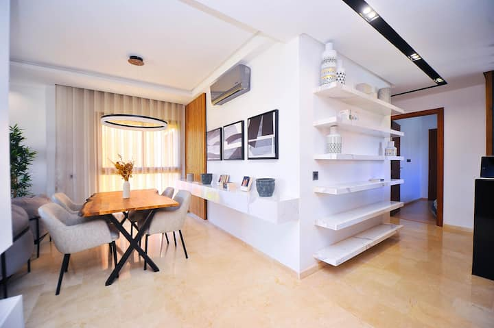New Luxury Apartment in City Center - Golf Resort