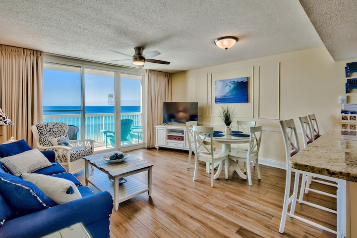 Upgraded 7th Flr Pelican Beach Resort -1 bedroom - On the beach- New!
