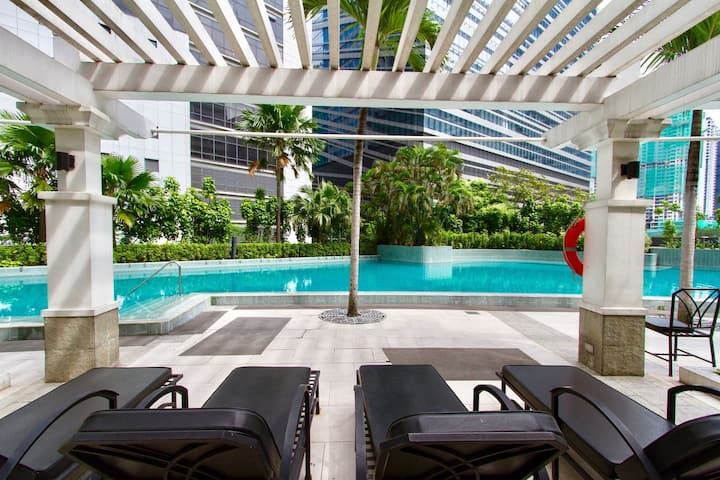 Stunning Makati 3 Bedroom Suite with Outdoor Pool!