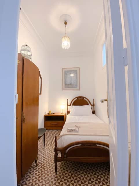 Single room in Modernista house