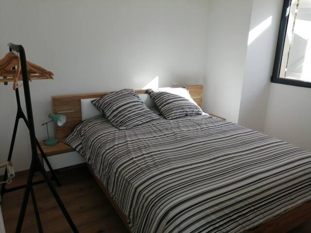 Chambre numéro 2 avec lit de 160