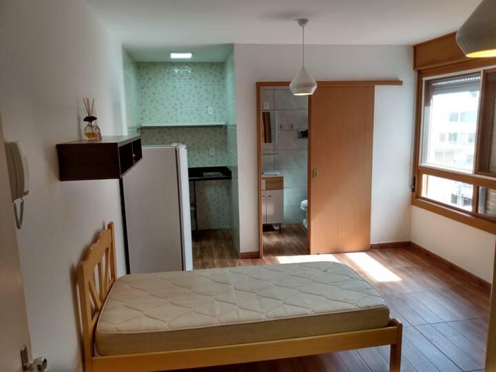 Apartamento JK (recentemente reformado)