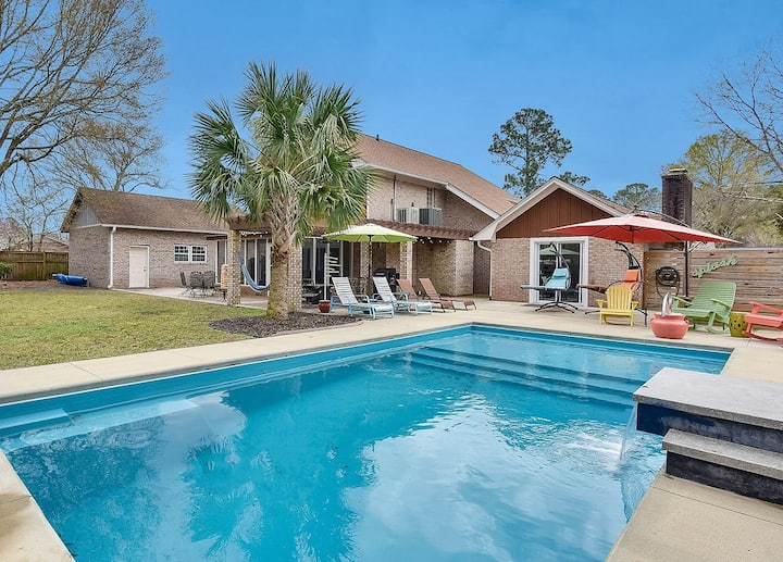 WoW! Private Pool Oasis.Close to beaches &downtown