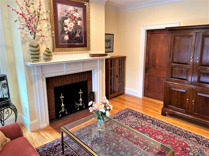 Squeaky clean four bedroom in Portland's West End