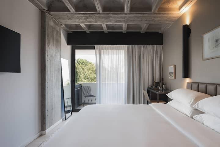 Balcony Zuno - Bellwort Hotel - 01