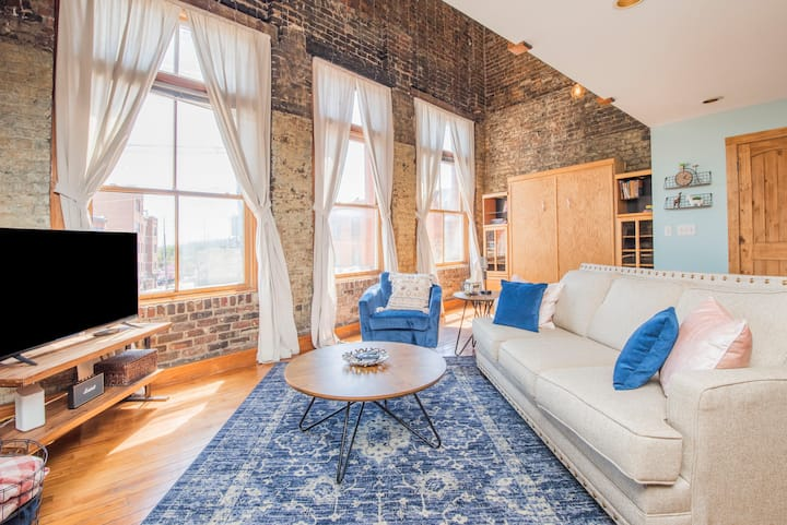 Old City at Your Doorsteps in Vaulted Brick Loft