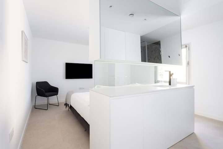 Suite 2 overview