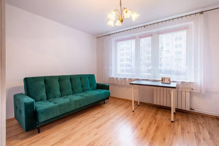 Pokój w mieszkaniu ze wspólną kuchnią i łazienką 2