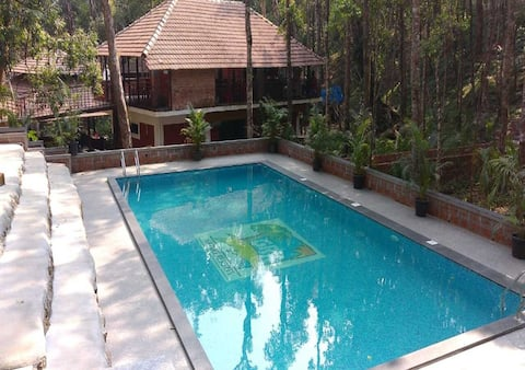 STAYMAKER Sakleshpur Resort + Breakfast