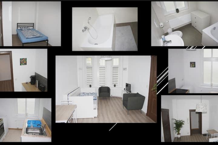 """Ferienwohnung""""Otto"""" 2021 neu sanierte 40m2 Wohnung"""