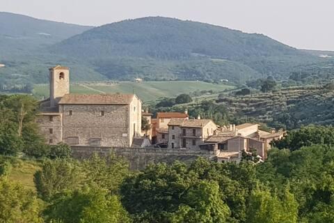 Vivere in un borgo medievale unico