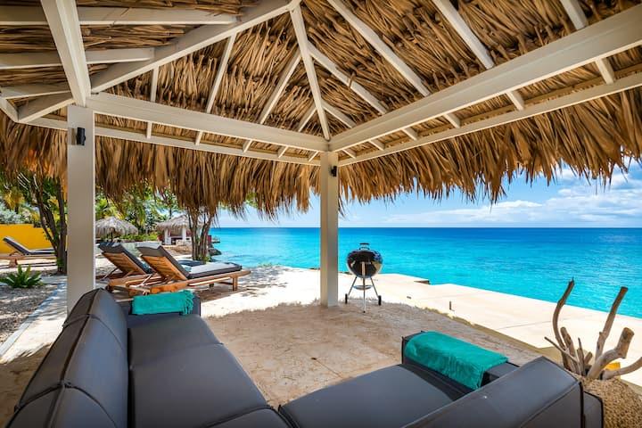* NEW NEW * 3 bedroom oceanfront villa