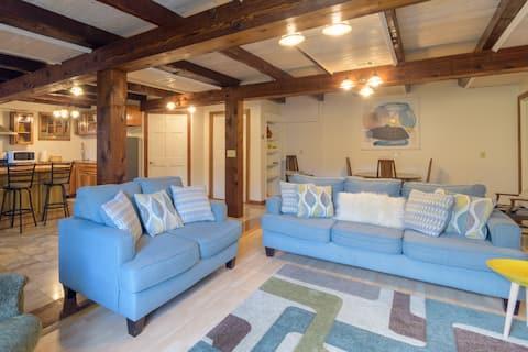 Scandinavian Comfort in Pittsford Barn!