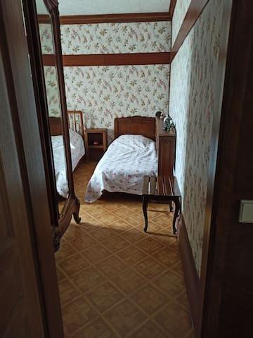 3ème chambre Avec 1 lit enfant et un lit deux places