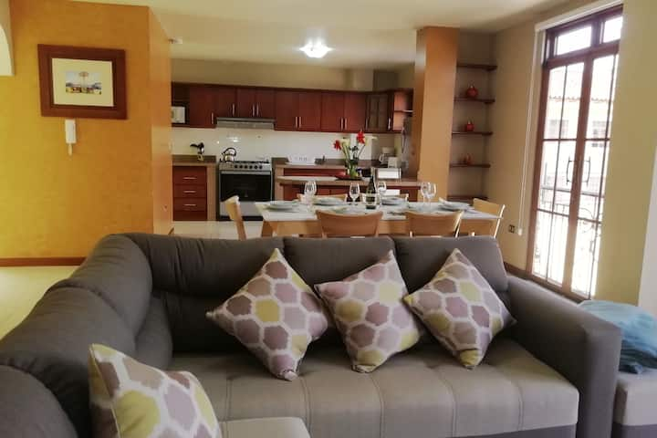 ★Luxurious and spacious apt. In the city center