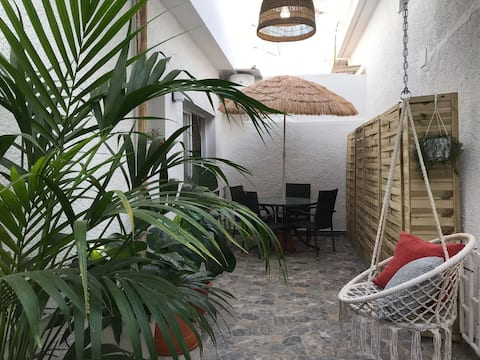 Cosy&Comfy 1 bedroom apt - private green courtyard