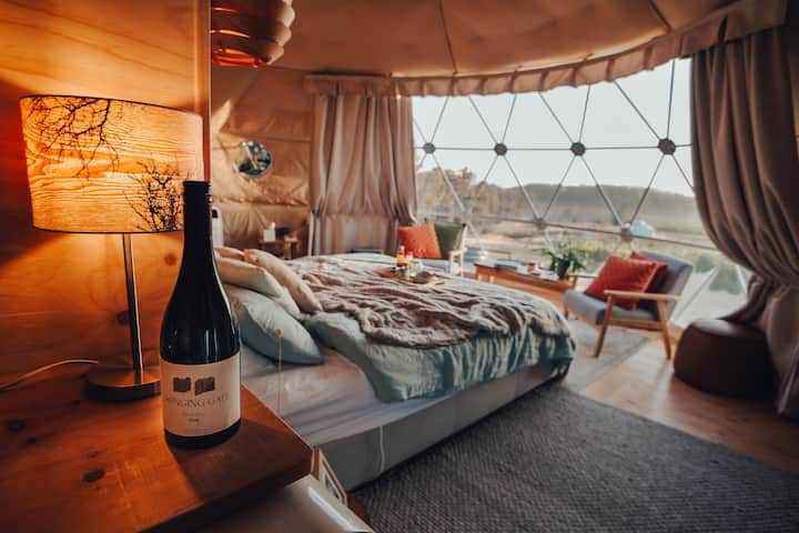 Sauvignon Glampers Dome - Domescapes in the Vines, a relaxing vineyard escape
